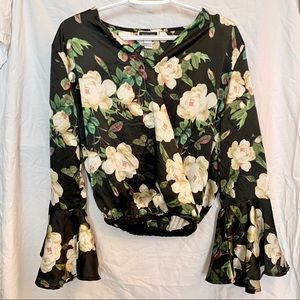 Another Story flowy blouse floral flare size small